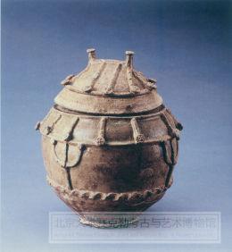 青瓷仿木构建筑罐