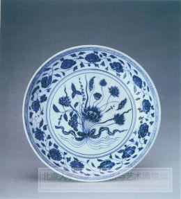 青花束莲纹盘
